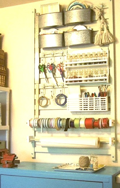 Craft Station With Rolling Toolbox